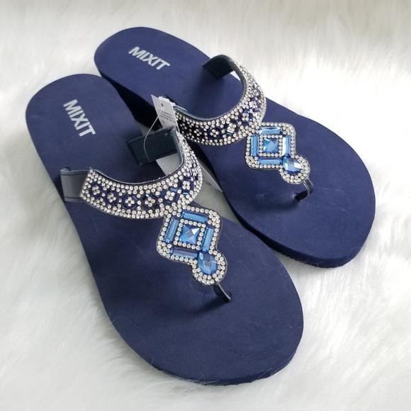 34ce2ab8afb4e2 Cute Blue Jeweled Flip FLOP Sandals. NWT. Mixit